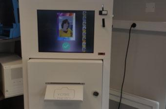 La borne FeverScan de Systemes-Attum : un système de prise de température corporelle pas comme les autres
